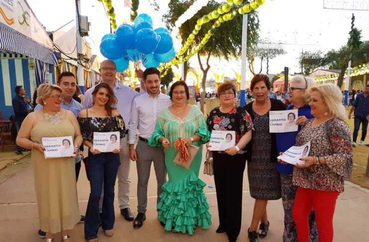 La campaña electoral se trasladó a la Feria de Mayo